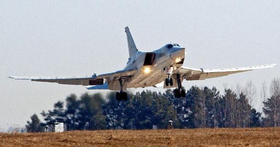 Rosyjskie bombowce strategiczne nad Bałtykiem. Jak poinformowało litewskie ministerstwo obrony, niezapowiedziany przelot maszyn Tu-22 poderwał w sobotę dwie pary NATO-wskich myśliwców, strzegących przestrzeni powietrznej państw bałtyckich.