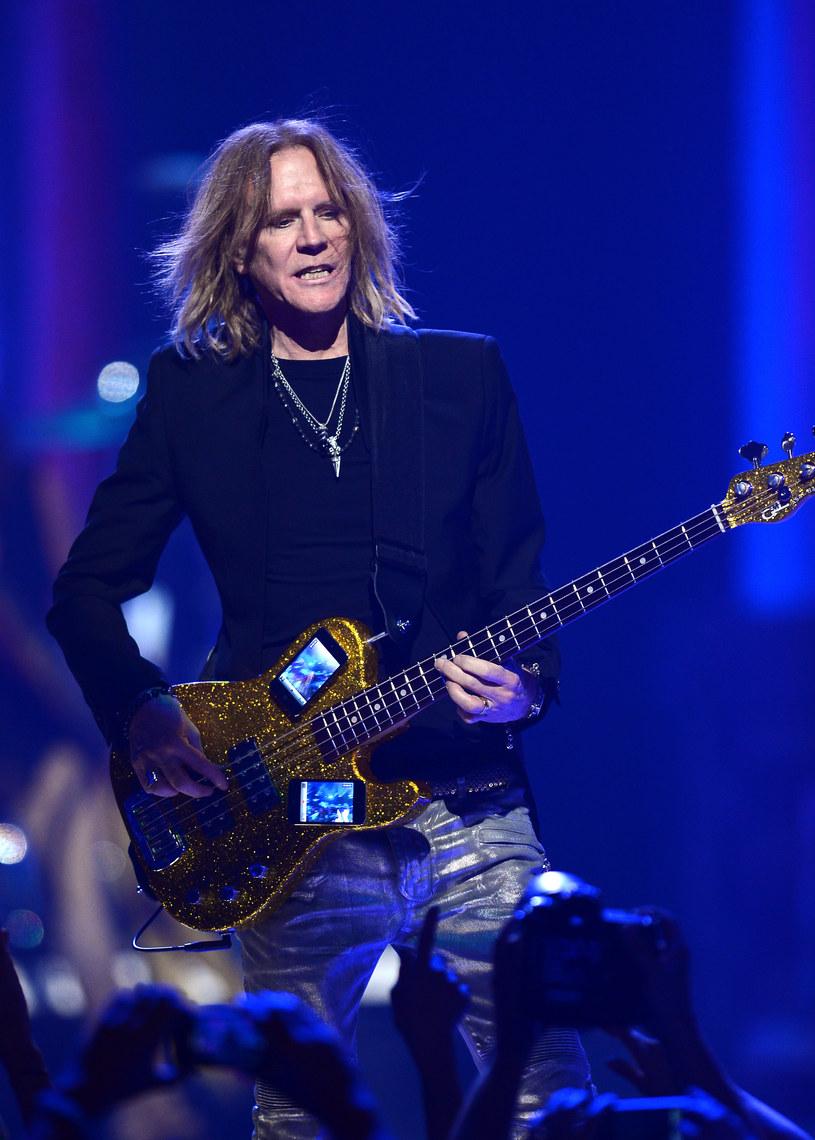 Basista zespołu Aerosmith Tom Hamilton ogłosił, ze udało mu się pokonać chorobę. Muzyk wygrał długą walkę z rakiem języka i krtani.