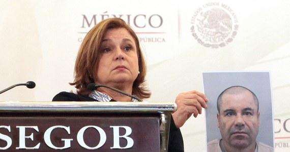 """Baron narkotykowy Joaquin """"El Chapo"""" Guzman miał wspólników wśród strażników, którzy pomogli mu uciec z więzienia o najostrzejszym rygorze; tylko tak da się wytłumaczyć jego ucieczkę - powiedział  szef MSW w Meksyku Angel Osorio Chong. Dyrektor więzienia Altiplano na obrzeżach miasta Meksyk został zwolniony ze stanowiska."""