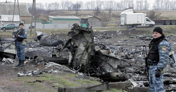 Rodziny 17 pasażerów malezyjskiego samolotu, który rozbił się rok temu na wschodzie Ukrainy, złożyły w sądzie w USA pozew przeciwko Igorowi Striełkowowi, dowódcy prorosyjskich separatystów. Według skarżących jest on odpowiedzialny za zestrzelenie maszyny.