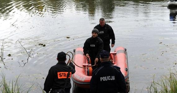 Trwają poszukiwania 20-latka na jeziorze Chojno koło Brodnicy w województwie kujawsko-pomorskim. Ostatni raz widziano go wczoraj po południu.