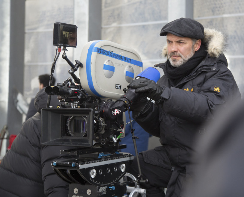 """Reżyser Sam Mendes przyznał w rozmowie z BBC News, że """"Spectre"""" będzie jego pożegnaniem z serią filmów o Bondzie. Nowy obraz o przygodach agenta 007 trafi do kin 6 listopada."""