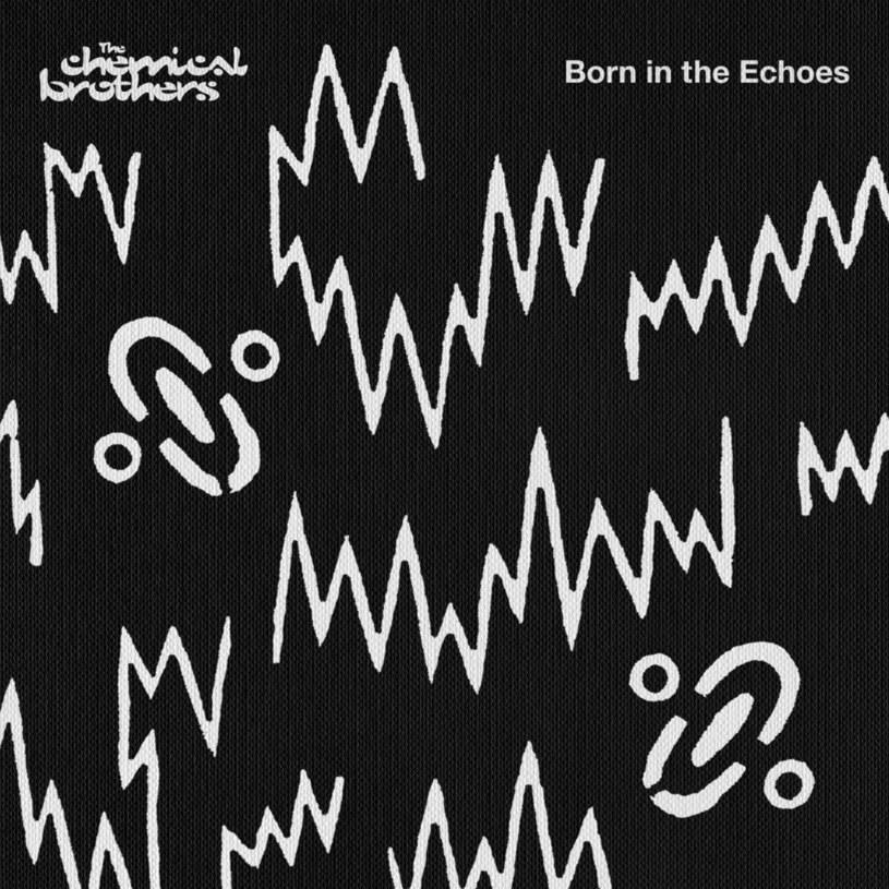 """Jeśli tęsknicie za czasami, gdy w muzyce klubowej liczyło się coś więcej niż mocny bas i przystępność, cyfra ustępowała jeszcze analogom, a tempo w utworach nie było podkręcane jak głupie, to """"Born in the Echoes"""" jest dla was. Bo tak sentymentalnej podróży do klimatu imprez lat 90. dawno nie było."""