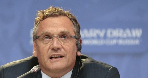Jerome Valcke, sekretarz generalny Międzynarodowej Federacji Piłki Nożnej (FIFA) zadeklarował, że odejdzie wraz z wyborem nowego prezydenta, który zastąpi Szwajcara Josepha Blattera. Francuz zapewnił, że nie jest odpowiedzialny za kryzysową sytuację w federacji, która jest przedmiotem dochodzenia szwajcarskich i amerykańskich organów ścigania.