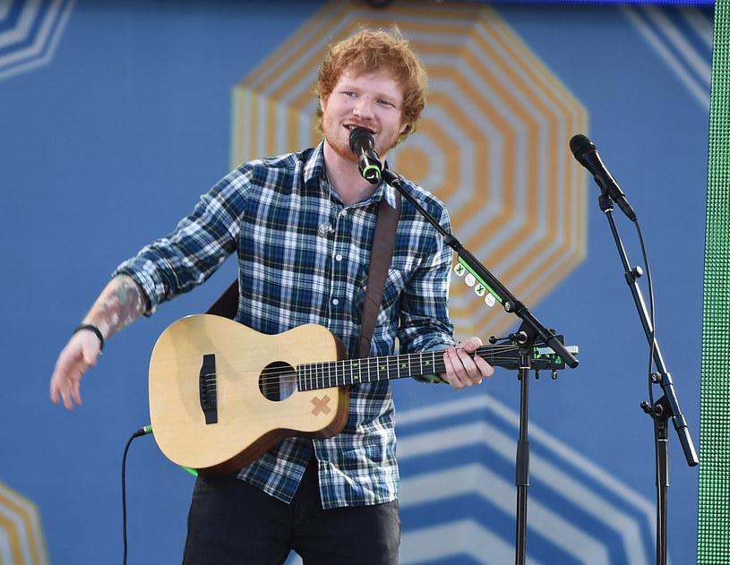 Brytyjski gwiazdor przyznał się do kompromitującej wpadki, która wydarzyła mu się w trakcie jednego z występów na żywo.