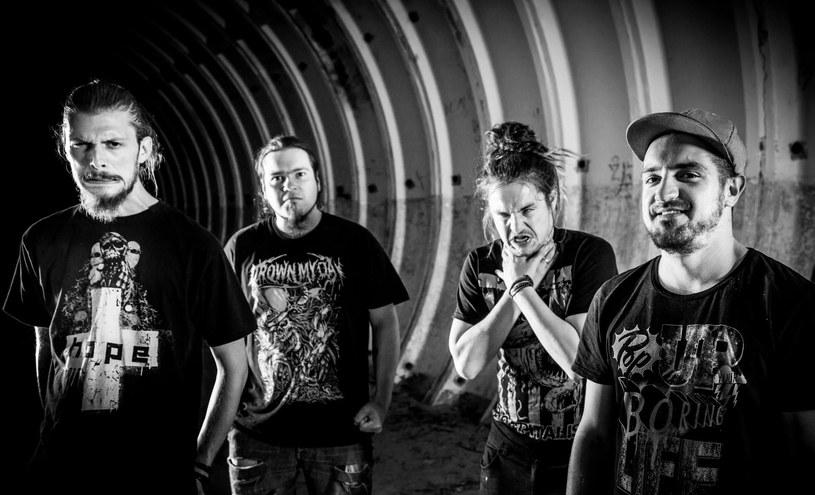 """Nowym wideoklipem """"Let's Go to Stars"""" polscy metalowcy z Materii zapowiadają nowy album """"We Are Materia""""."""