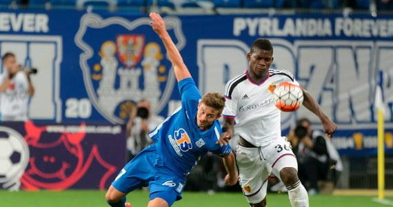 Lech przegrał w Poznaniu z FC Basel 1:3 (1:1) i ma przed rewanżem niewielkie szanse na awans do czwartej rundy eliminacji piłkarskiej Ligi Mistrzów. W innym spotkaniu Ajax Amsterdam zremisował w Wiedniu z Rapidem 2:2, a 84 minuty grał Arkadiusz Milik.