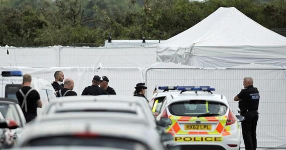Władze saudyjskie potwierdziły śmierć w katastrofie lotniczej w Anglii trojga członków rodziny zabitego cztery lata temu szefa Al-Kaidy Osamy bin Ladena. W prywatnym odrzutowcu zarejestrowanym w Arabii Saudyjskiej zginął pilot i wszyscy pasażerowie. Maszyna rozbiła się podczas lądowania na lotnisku Blackbushe.