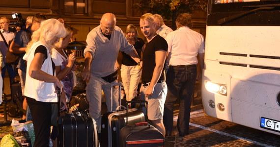 Gwarancja ubezpieczeniowa Intertour – krakowskiego biura podróży, które w piątek ogłosiło niewypłacalność, opiewa na 208 tys. zł. Według przedstawicieli branży, klienci tego operatora będą mieli problemy z odzyskaniem wszystkich pieniędzy wpłaconych na wycieczki.