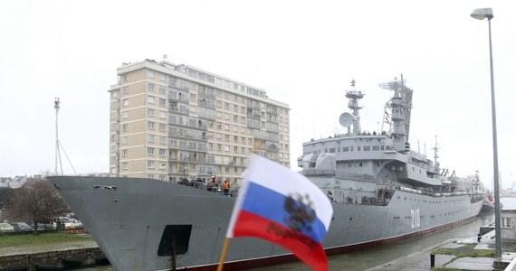 """Kreml poinformował, że Paryż zwrócił Rosji zaliczkę pobraną na poczet Mistrali. Uznano więc, że sprawa """"została całkowicie uregulowana""""."""