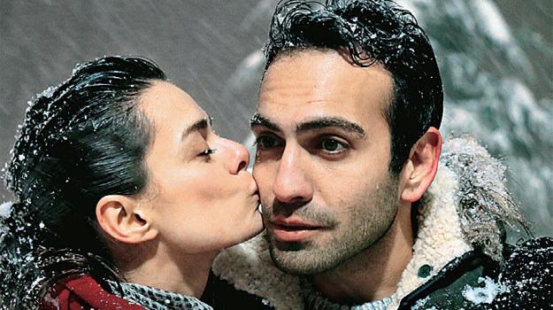 Kontrakt Na Miłość Turecka Nowość W Tv Puls świat Seriali W Interia Pl