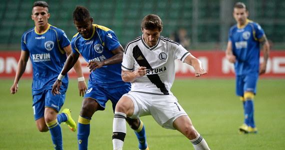 Legia Warszawa awansowała do czwartej rundy eliminacji Ligi Europejskiej. Wicemistrzowie Polski wygrali z albańskim FK Kukesi 1:0. Jedynego gola strzelił Michał Kucharczyk.
