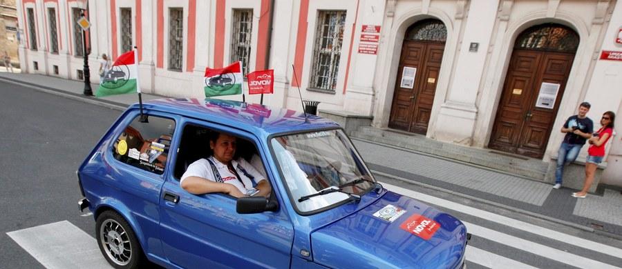 Największy Zlot Fiata 126p w Europie odbędzie się w ten weekend w Krakowie. Swój udział potwierdziło ponad 500 załóg. Stolicę Małopolski odwiedzą fani maluchów z Czech, Słowacji i Węgier.