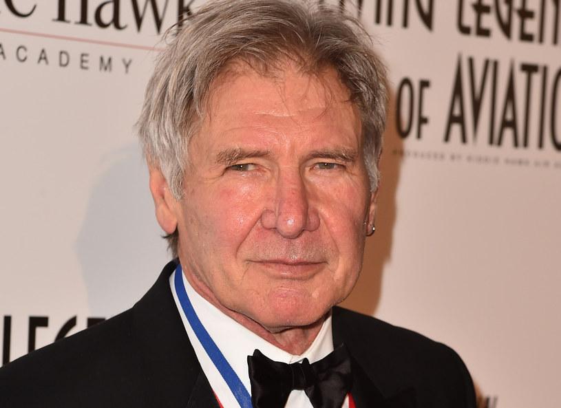 """Za powtórzenie roli Hana Solo w filmie """"Gwiezdne wojny: Przebudzenie Mocy"""" Harrison Ford miał otrzymać między 10 a 20 milionami dolarów. Pozostali członkowie aktorskiej ekipy zarobili znacznie mniej."""