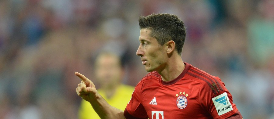 Bayern Monachium zainaugurował Bundesligę zgodnie z oczekiwaniami - wysokim zwycięstwem nad HSV Hamburg. Było 5:0, a bramkę i asystę (przy bramce Thomasa Mullera) zanotował Robert Lewandowski. Klub z Bawarii walczy o czwarty tytuł mistrzowski z rzędu. To jeszcze nikomu w Niemczech się nie udało.