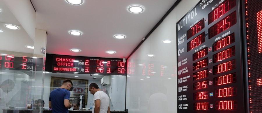 Wenezuelski Bank Centralny (BCV) od 1 stycznia tego roku nie publikuje danych o stanie krajowej gospodarki. Opozycyjna organizacja pozarządowa Transparencia Venezuela ogłosiła tymczasem, że ponownie wystąpiła do Sądu Najwyższego, aby zmusił BCV do ogłoszenia danych.