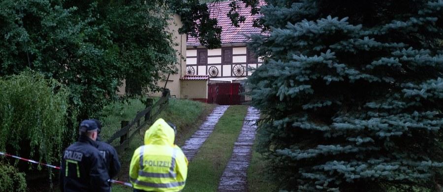 Niemiecka policja potwierdziła, że ciało znalezione w opuszczonym gospodarstwie w Lampersdorf, to 17-letnia Anneli. Nastolatka została uprowadzona w czwartek wieczorem, kiedy wyprowadzała psa na spacer. Od jej ojca, przedsiębiorcy z Miśni, porywacze zażądali okupu w wysokości miliona 200 tysięcy euro. Dziś wiadomo, że dziewczyna mogła znać jednego z oprawców z widzenia. Zginęła, bo widziała ich twarze.