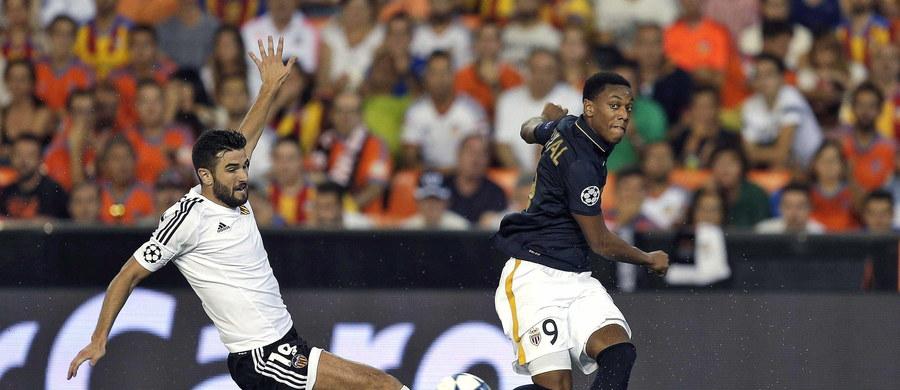 Valencia pokonała przed własną publicznością AS Monaco 3:1 w najciekawszym środowym meczu 4. rundy eliminacji piłkarskiej Ligi Mistrzów. U siebie wygrał też Celtic Glasgow, natomiast cenne wyjazdowe zwycięstwa odniosły Szachtar Donieck i Dinamo Zagrzeb.