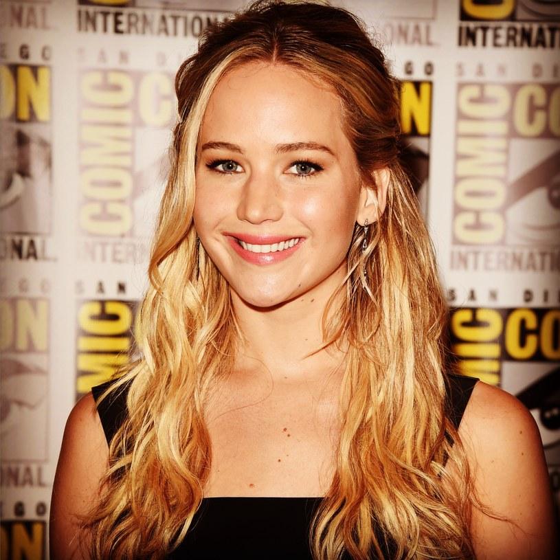 """Jennifer Lawrence znalazła się na szczycie zestawienia najlepiej zarabiających aktorek przygotowanego przez magazyn """"Forbes""""."""