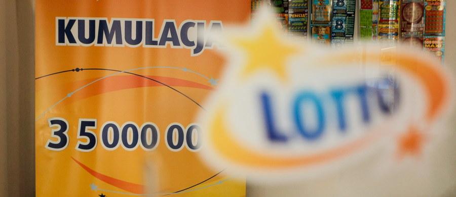 """W czwartkowym losowaniu Lotto nie padła żadna """"szóstka"""". To oznacza, że w dzisiejszym losowaniu do wygrania jest nawet 35 milionów złotych."""