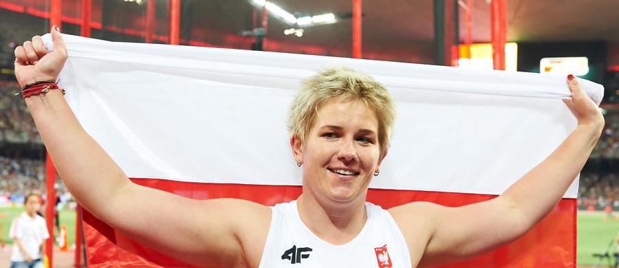 Kolejny sukces polskiej sportsmenki. Anita Włodarczyk została mistrzynią świata w rzucie młotem. W Pekinie uzyskała wynik 80,85, gorszy od jej rekordu globu o 23 cm. Drugie miejsce w konkursie zajęła Chinka Wenxiu Zhang - 76,33, a trzecie Francuzka Alexandra Tavernier - 74,02.