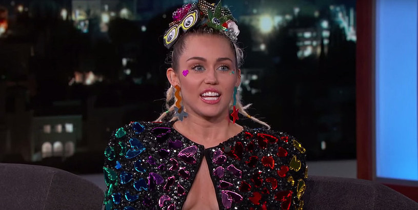 26 sierpnia Miley Cyrus pojawiła się w popularnym talk show. Jej występ obfitował w mnóstwo smaczków.