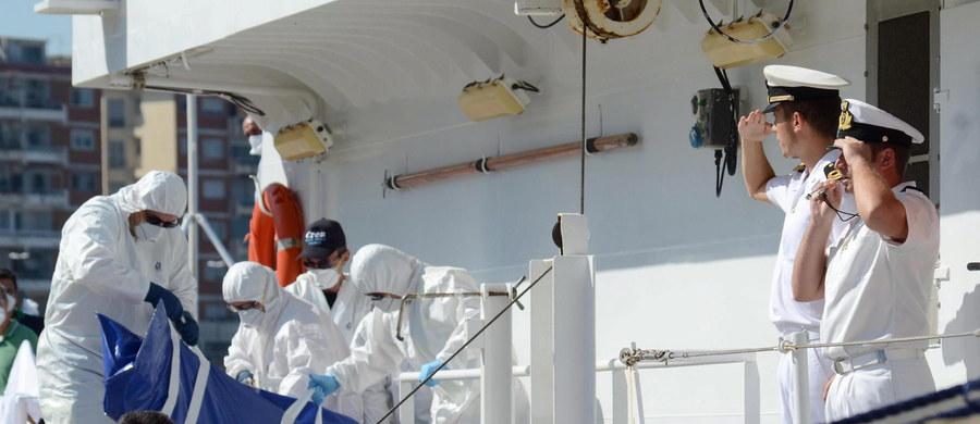 Po wczorajszym zatonięciu u wybrzeży Libii łodzi z uchodźcami morze wyrzuciło na brzeg 82 ciała - poinformowali przedstawiciele władz libijskich. Dodali, że kolejne 100 osób jest uznanych za zaginione, ale prawdopodobnie nie żyją.