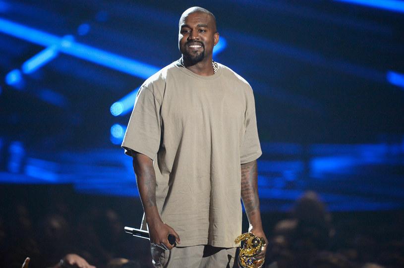 Podczas tegorocznej gali MTV Video Music Awards Kanye West odebrał nagrodę specjalną im. Michaela Jacksona, Video Vanguard Award. Nie obyło się bez zaskoczenia - swoją  kilkunastominutową przemowę amerykański raper zakończył deklaracją, że w 2020 roku wystartuje w wyborach prezydenckich.