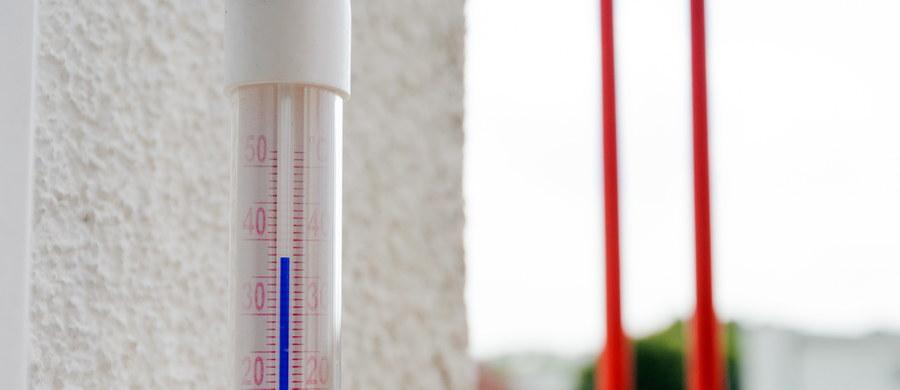 Wtorek był najcieplejszym dniem września i to od wielu, wielu lat. 1 września padł rekord - przyznaje w rozmowie z RMF FM synoptyk Tomasz Knopik z Instytutu Meteorologii i Gospodarki Wodnej. Najgorętszym miastem w Polsce był wczoraj Tarnów! Tam termometry wskazywały 36,8 st. Celsjusza.