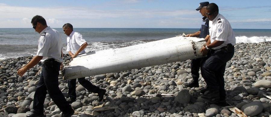 Paryska prokuratura potwierdziła, że znaleziony w lipcu na wyspie Reunion fragment skrzydła Boeinga 777 to element zaginionej w marcu 2014 roku malezyjskiej maszyny tego typu. Samolot z 239 osobami na pokładzie zaginął podczas lotu z Kuala Lumpur do Pekinu.