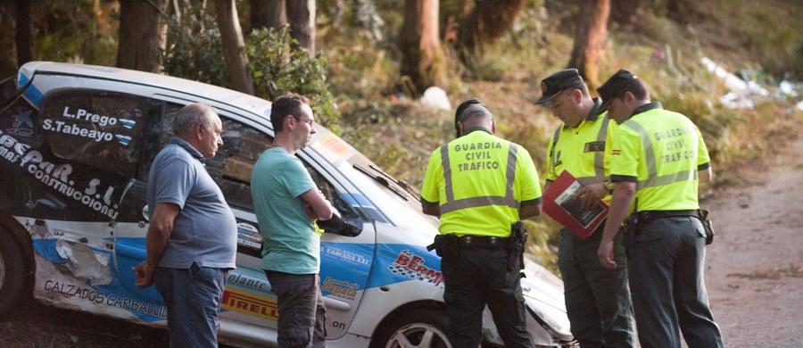 Sześć osób zginęło, kilkanaście zostało rannych w wypadku, do którego doszło podczas rajdu samochodowego w okolicach La Coruny w Hiszpanii. Rozpędzone auto wypadło z trasy.