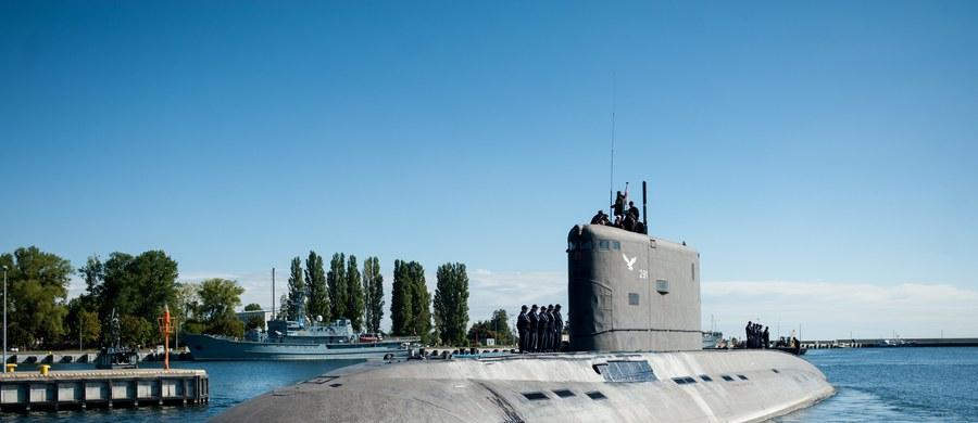 Polska może kupić okręty podwodne wspólnie z innym krajem NATO. MON chce, by okręty te były uzbrojone w pociski manewrujące. Ten zakup może jednak być wyłączony do odrębnego postępowania – poinformował wiceminister obrony Czesław Mroczek.