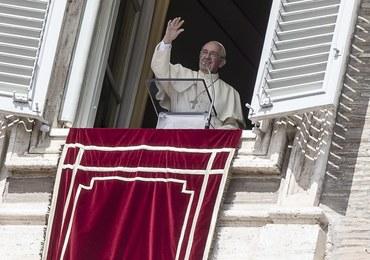 Uchodźcy zamieszkają blisko papieża