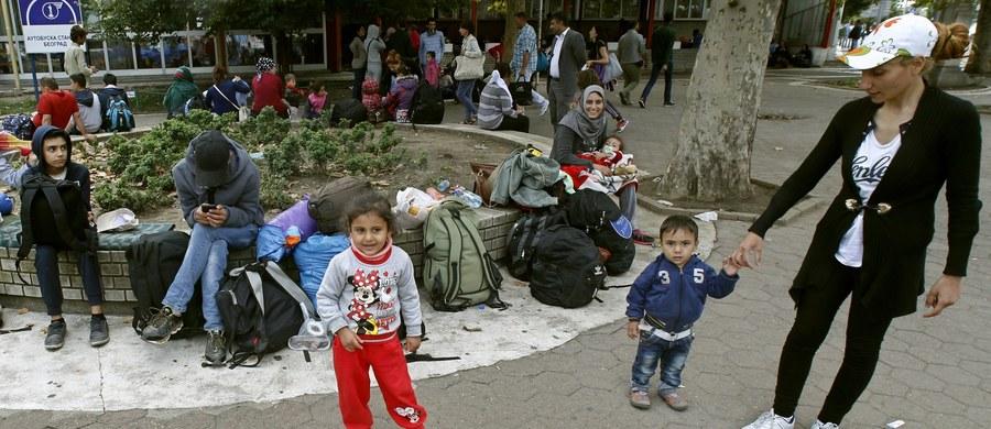 Polska będzie musiała przyjąć ponad 11 200 uchodźców - ustaliła brukselska korespondentka RMF FM Katarzyna Szymańska-Borginon. Komisja Europejska zaostrzyła kryteria podziału 120 tysięcy imigrantów między kraje Unii Europejskiej.
