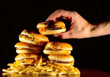 Czy uczniowie będą szturmować po szkole fast foody?