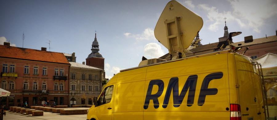 Biała Podlaska, Kępno, Szubin, Tarnobrzeg, Muszyna, a może Gryfów Śląski? W którymś z tych urokliwych polskich miast już w najbliższą sobotę pojawi się żółto-niebieski wóz satelitarny RMF FM i nasza radiowa ekipa. To, dokąd pojedziemy - jak zwykle - zależy tylko od Was! Głosowanie trwa do czwartku do godziny 12.