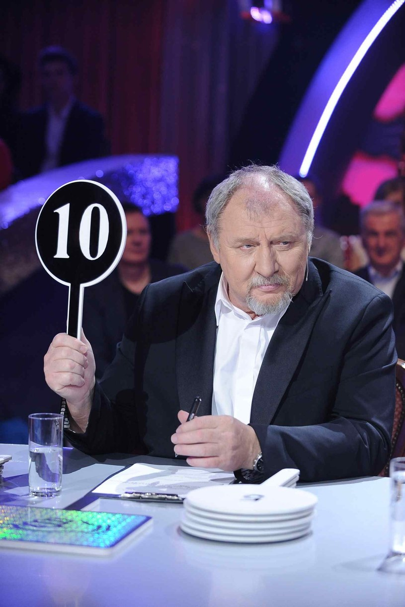 """Andrzej Grabowski, świetny aktor i juror w programie """"Dancing with the Stars. Taniec z Gwiazdami"""", przyznał w niedawnym wywiadzie dla """"Kropki"""", że nie wyobraża sobie dnia bez pracy. Co gorsza, największą karą jest dla niego urlop, na którym nie musi nic robić."""