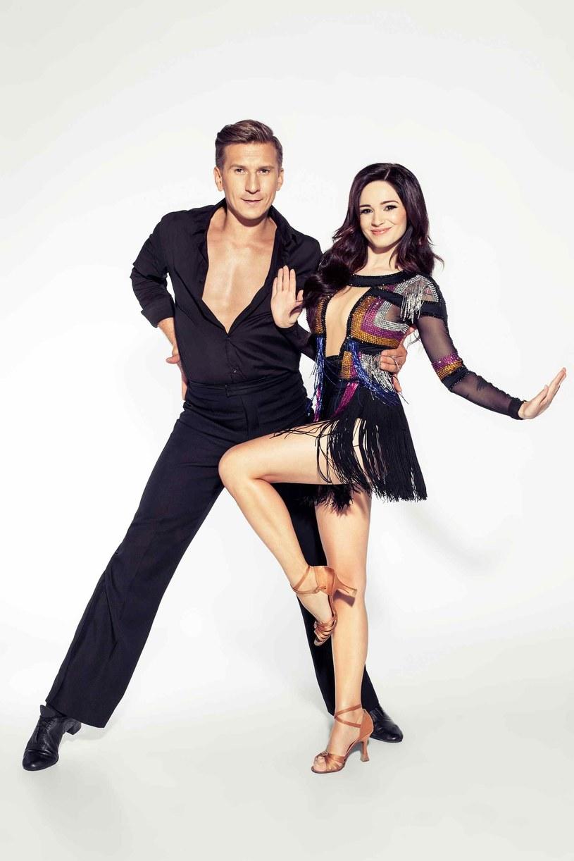 """Już w piątek pierwszy odcinek jesiennej edycji """"Dancing with the Stars. Taniec z Gwiazdami"""". Wśród jedenastu gwiazd, które powalczą o Kryształową Kulę i pieniądze, poziom jest bardzo wyrównany."""