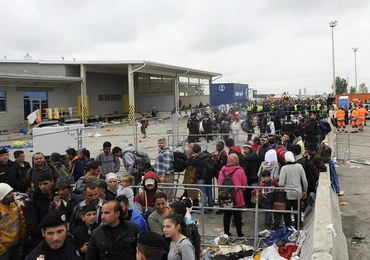 Kanclerz Austrii chce kar dla przeciwników kwot uchodźców
