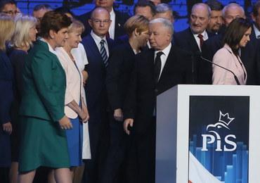 PiS obiecuje: Więcej dla pracowników, darmowe leki, podatek bankowy...