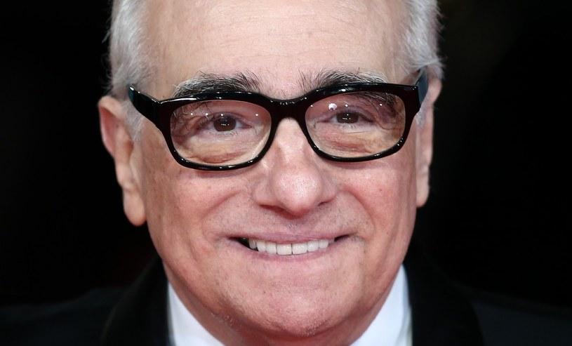 """Martin Scorsese nakręci swój najbliższy film w nowojorskim apartamencie Cristiano Ronaldo. Portugalski piłkarz weźmie udział w kilku scenach """"Manipulatora"""". Główną rolę zagra Channing Tatum, ale miejsce na planie znajdzie też dla kapitana portugalskiej reprezentacji. Wystąpi on w niewielkiej roli u boku brazylijskiej modelki Alessandry Ambrosio."""