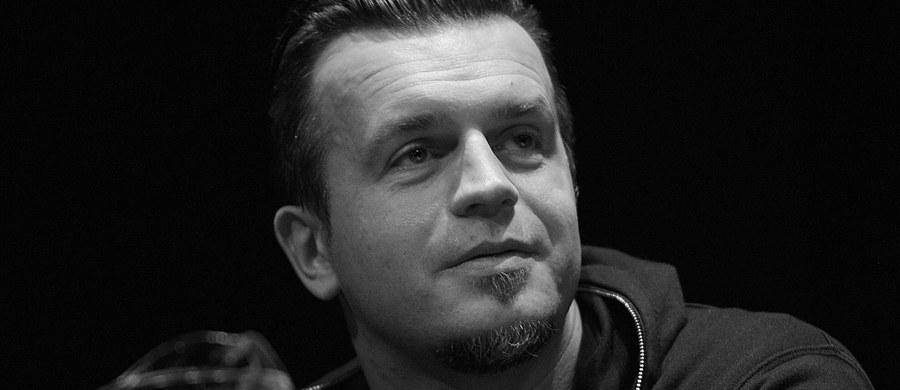 Marcin Wrona nie żyje. Reżyser miał 42 lata. Jak się dowiedział dziennikarz RMF FM Marek Balawajder, ciało Marcina Wrony znaleziono w hotelu w Gdyni.