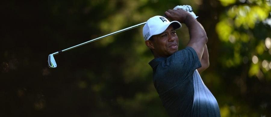 Tiger Woods przeszedł kolejną już operację kręgosłupa. Słynny amerykański golfista nie zagra do końca 2015 roku.