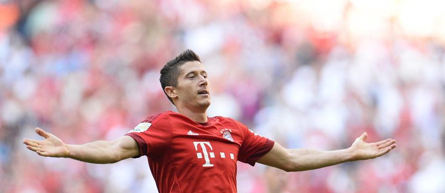 Robert Lewandowski zaczął spotkanie na ławce rezerwowych, ale szybko został bohaterem Bayernu Monachium. Polski napastnik wszedł na boisko tuż po przerwie i w ciągu 9 minut aż pięć razy pokonał bramkarza VfL Wolfsburg. Zdobył też najszybszego hat-tricka w historii niemieckiej ligi. Bayern w hicie Bundesligi wygrał 5:1.