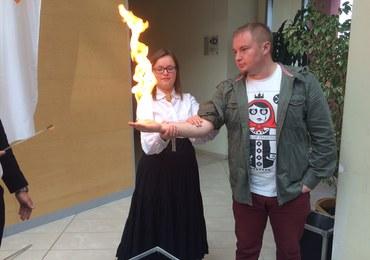 Podpalanie rąk i walki robotów w Olsztynie