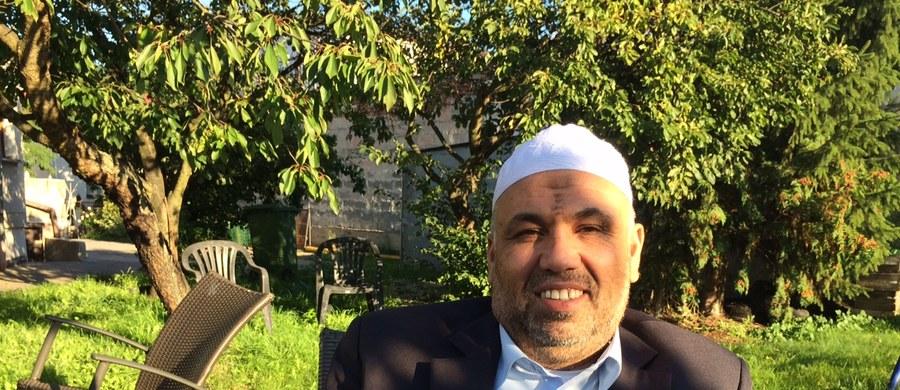 """""""Wystarczy, że ludzie wpadną w panikę. Upadnie parę osób na ziemię i nieszczęście gotowe"""" - tak Hani Hraish, imam społeczności muzułmańskiej w Trójmieście komentuje wielką tragedię w Mekce. 717 osób zostało tam stratowanych na śmierć,  863 zostało rannych podczas dorocznej pielgrzymki. """"Niech pan mi uwierzy, chyba nie ma innej imprezy na świecie, która jest bardziej zorganizowana niż pielgrzymka w Mekce. I podziwiam organizatorów. Tam jest dużo ludzi zaangażowanych do pomocy, wśród Saudyjczyków i nie tylko Saudyjczyków. Po prostu los tak chciał i zdarzają się wypadki"""" - stwierdza w rozmowie z naszym reporterem. I podkreśla: """"My muzułmanie zawsze liczymy się ze śmiercią. Szczególnie na tej pielgrzymce""""."""