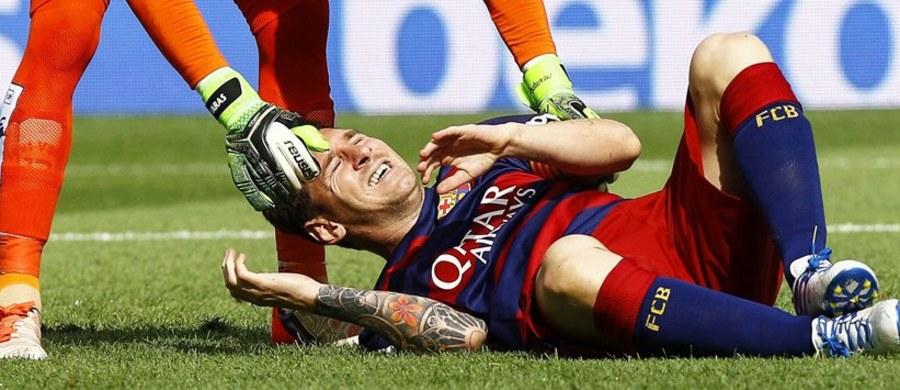 Leo Messi będzie wyłączony z gry przez siedem lub osiem tygodni. Wszystko z powodu urazu lewego stawu kolanowego, jakiego doznał w 9. minucie meczu Barcelony z Las Palmas.