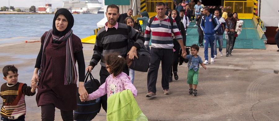 Rośnie liczba nieletnich uchodźców, którzy na własną rękę przedostają się do Niemiec bez rodziców. Choć Niemcy dysponują sprawdzonym system pomocy dla trudnej młodzieży, ale taka duża skala zjawiska niepokoi władze.