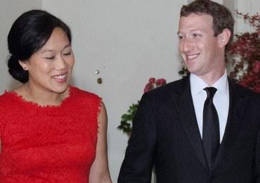 Twórca Facebooka: Zapewnimy internet w obozach dla uchodźców