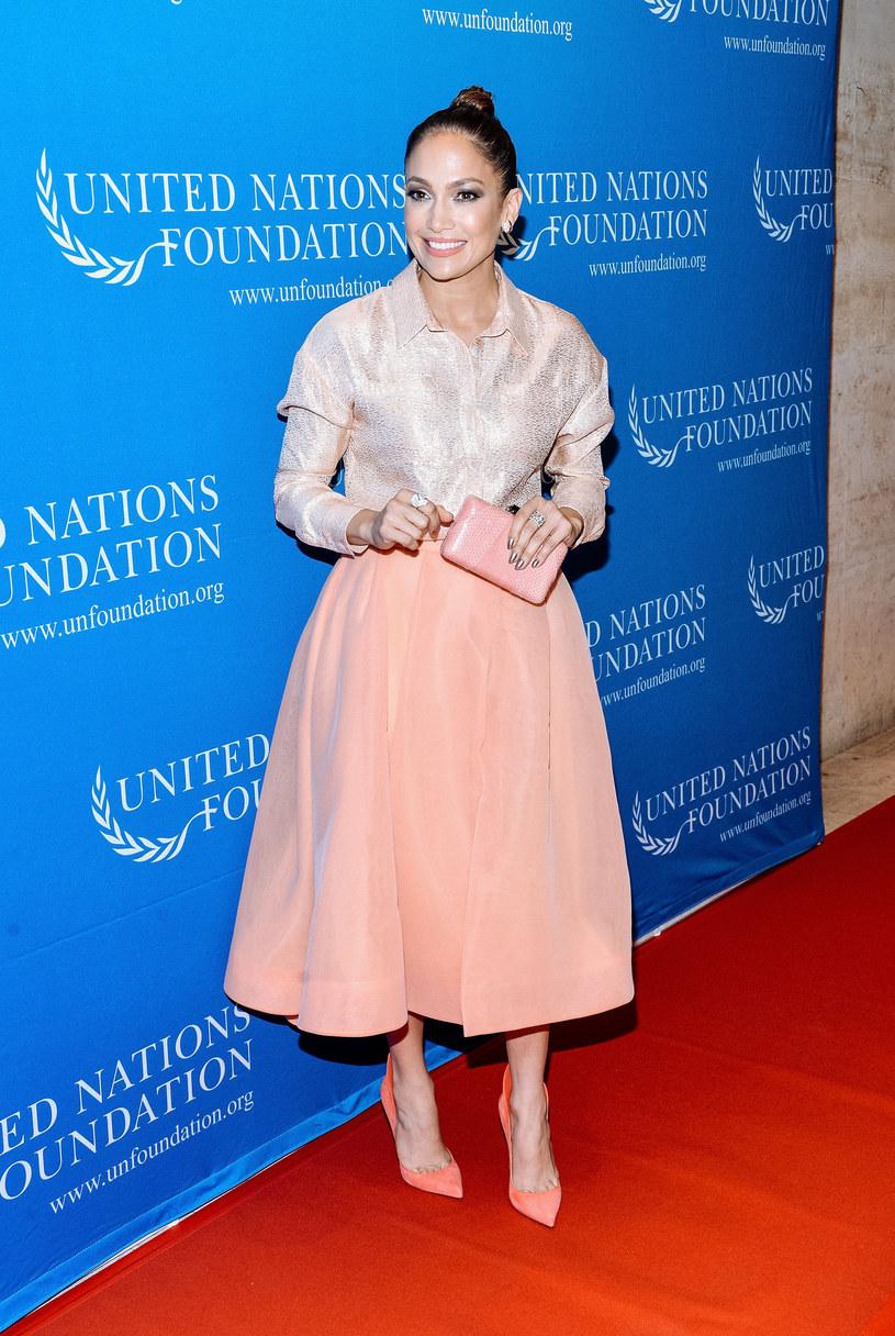 Amerykańska wokalistka i aktorka Jennifer Lopez dołączyła do listy ambasadorów Organizacji Narodów Zjednoczonych. Tym samym znalazła się w tej roli wśród takich gwiazd jak Angelina Jolie, Nicole Kidman, a ostatnio Emma Watson.